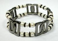Гематитовый браслет с жемчугом - камнем Рака